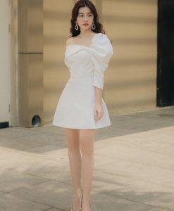 Đầm xoè ngắn lệch vai tay phồng sành điệu - DN490