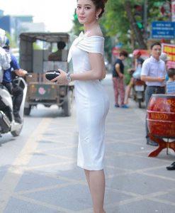 Đầm dự tiệc ôm body hở vai nơ ngực trắng - DN495