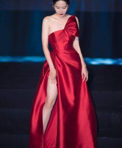 Váy dạ hội đính nơ cúp ngực xẻ đùi cao - D593