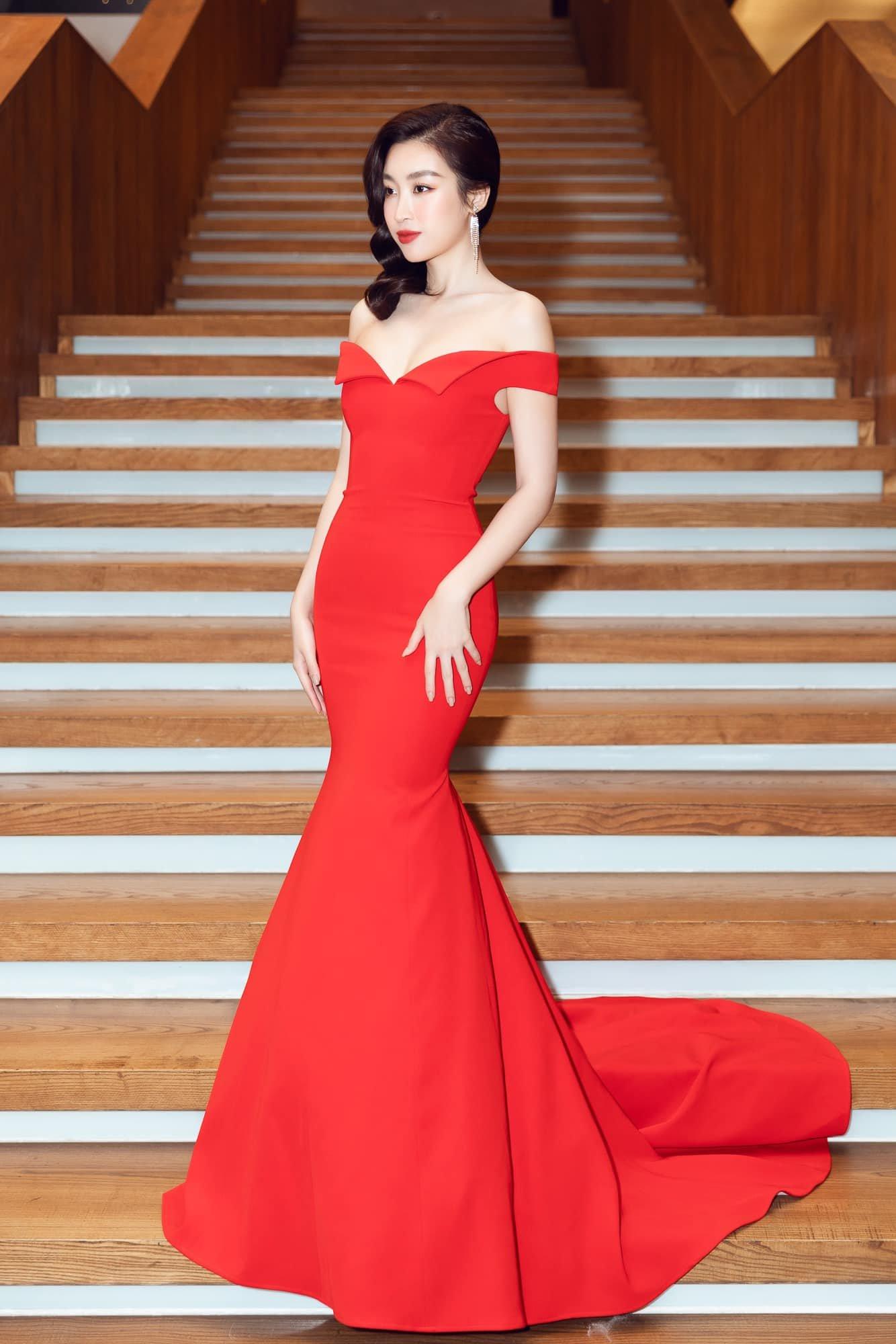 Váy dạ hội đỏ bẹt vai ôm body tôn dáng - D579
